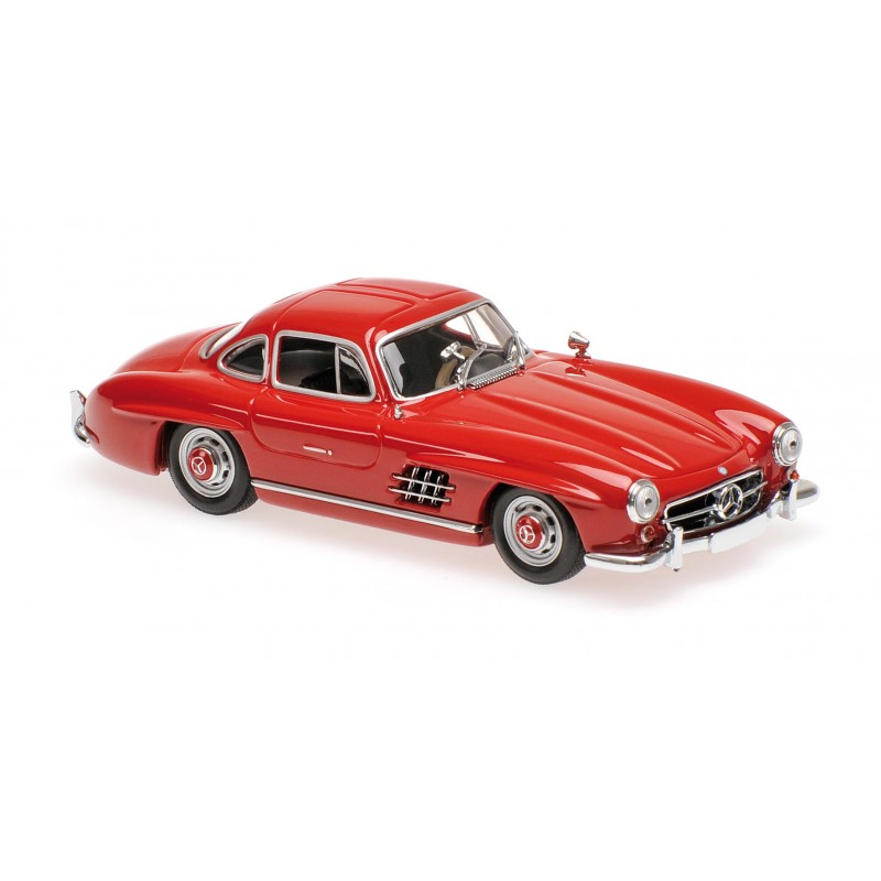 Mercedes benz 300 sl 1955 rouge fonc e maxichamps for Mercedes benz family discount