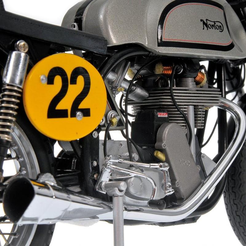 Norton Manx 500 1960 Ray Petty Minichamps 122132400 ...