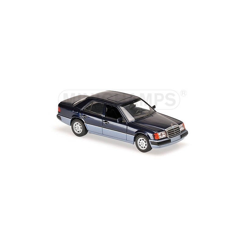 Mercedes benz 230e 1991 bleue maxichamps 940037001 for Mercedes benz family discount