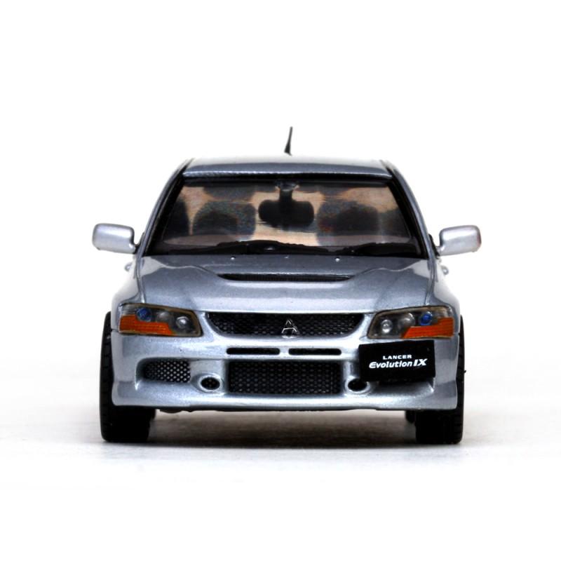 Silver Mitsubishi Lancer: Mitsubishi Lancer Evo IX Silver Vitesse VI29218R
