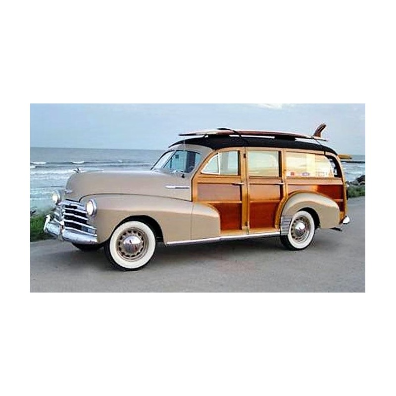 chevrolet woody surf wagon avec planche de surf grise et optique bois 1939 sunstar sun6177. Black Bedroom Furniture Sets. Home Design Ideas