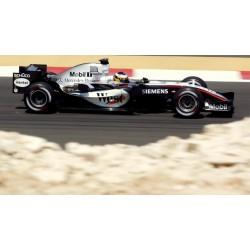 McLaren Mercedes MP4/20 10 F1 Bahrain 2005 Pedro De La Rosa Spark S5393