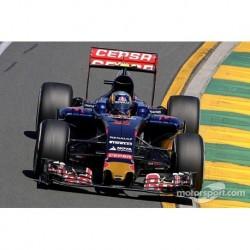 Toro Rosso Renault STR10 F1 2015 Carlos Sainz Minichamps 117150055