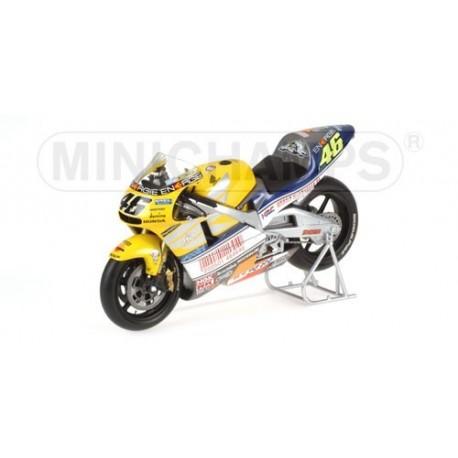 Honda NSR 500 Le Mans 2001 Valentino Rossi Minichamps 122016176