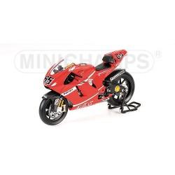 Ducati Desmo16 GP7 Moto GP 2007 Loris Capirossi Minichamps 122070065