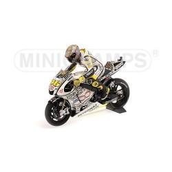 Set Yamaha Moto GP Laguna Seca 2010 Valentino Rossi Minichamps 122103346