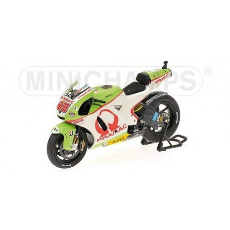 Ducati Desmosedici GP11 Moto GP Qatar 2011 Loris Capirossi Minichamps 123110065