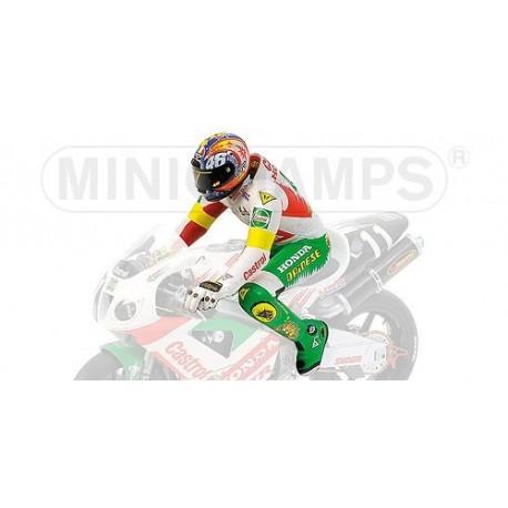 Figurine 1/12 Valentino Rossi 8H de Suzuka 2000 Minichamps 312001446
