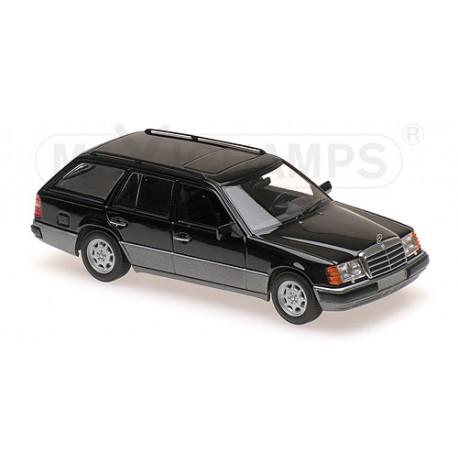 Mercedes-Benz 300 TE S124 1990 Noire Maxichamps 940037010