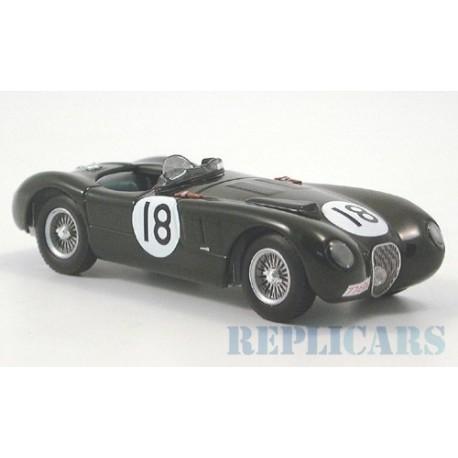 Jaguar XK120C 18 Victoire 24 Heures du Mans 1953 IXO LM1953