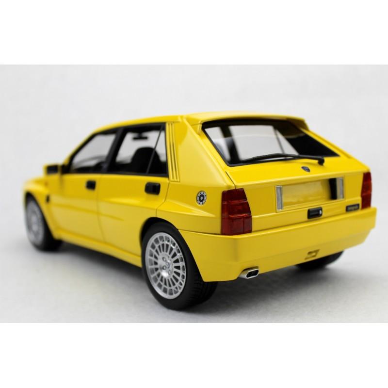lancia delta integrale evolution 1987 jaune top marques top12 01a miniatures minichamps. Black Bedroom Furniture Sets. Home Design Ideas