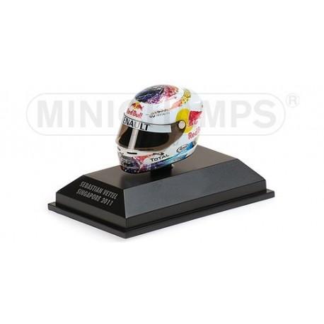 Casque 1/8 Arai Sebastian Vettel F1 Singapour 2011 Minichamps 381110201