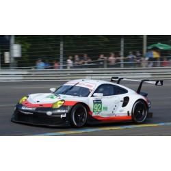 Porsche 911 RSR 92 24 Heures du Mans 2017 Spark 18S330