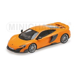 McLaren 675LT Coupé 2015 Orange Minichamps 537154421
