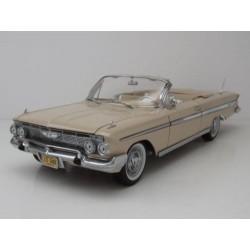 Chevrolet Impala Cabriolet Beige 1961 Sunstar SUN3408
