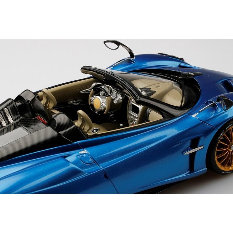 Pagani Huayra Roadster: Pagani Huayra Roadster Blue Francia Top Speed TS0170