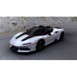 Ferrari J50 Body Color Bianco Liana Shiny Looksmart LS485B