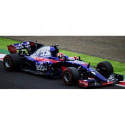 Scuderia Toro Rosso STR12 10 Fisrt GP F1 Japon 2017 Pierre Gasly Minichamps 417171410