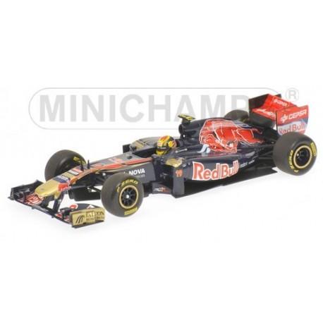 Scuderia Toro Rosso STR6 F1 2011 Jaime Alguersuari Minichamps 410110019