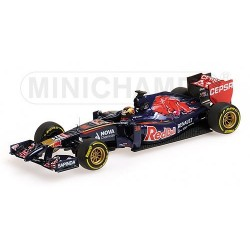 Toro Rosso STR9 F1 2014 JeanEric Vergne Minichamps 417140025
