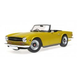 Triumph TR6 1973 Yellow Minichamps 155132034