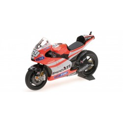 Ducati Desmosedici GP 11.2 Moto GP 2011 Nicky Hayden Minichamps 122112069
