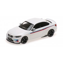 BMW M2 2016 White Presentation Minichamps 410026105