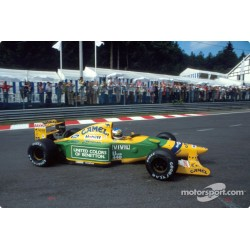 Benetton Ford B192 F1 Spa Francorchamps 1992 Michael Schumacher Minichamps 110920019