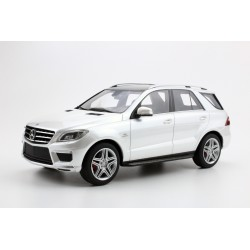 Mercedes ML 63 AMG White 2012 LS Collectibles LS004C