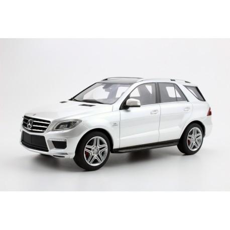 Mercedes ML 63 AMG White 2012 LS Collectibles LS004C