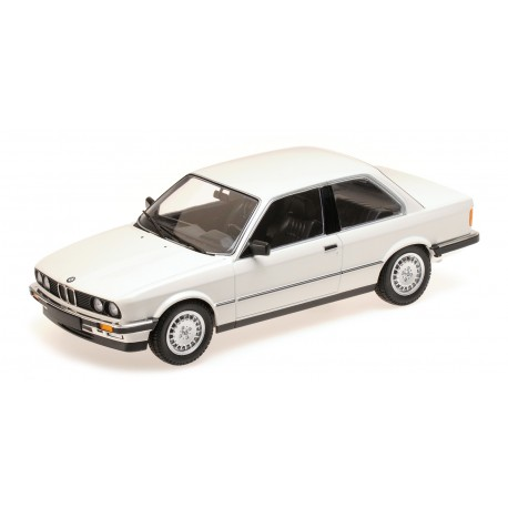 BMW 323I 1982 Blanche Minichamps 155026005