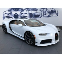 Bugatti Chiron Skyview Glacier White Pebble Beach 2018 Looksmart LS494A