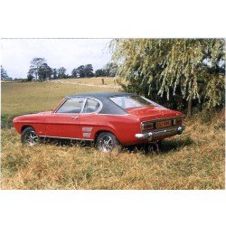 Ford Capri MKI 1700 GT Red and Black 1970 IXO CLC258