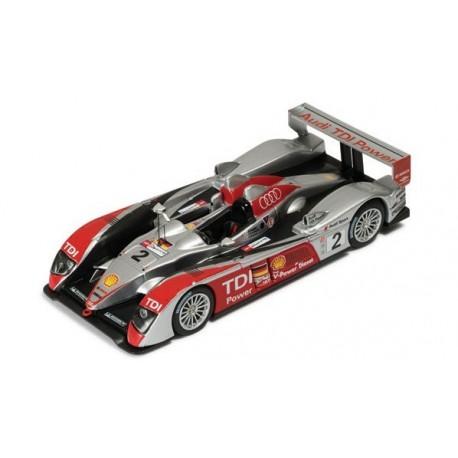 Audi R10 2 24 Heures du Mans 2007 IXO LMM114