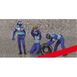 Tyre Change Set Sauber 3 Figurines and 1 Front Tyre 1/43 F1 2002 Minichamps 343100032