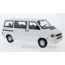 Volkswagen Bus T4 Caravelle 1992 White KK Scale KKDC180262