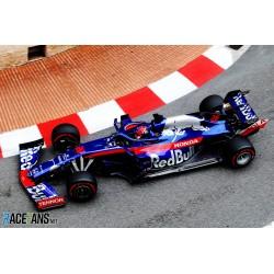 Scuderia Toro Rosso Honda STR14 F1 Monaco 2019 Daniil Kvyat Minichamps 417190626
