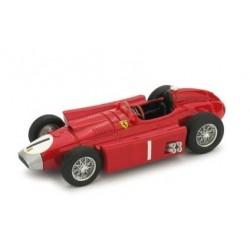 Ferrari D50 1 F1 Grande Bretagne 1956 Juan Manuel Fangio Brumm R076