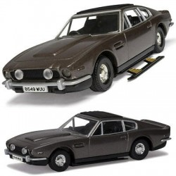 James Bond Aston Martin V8 Vantage Volante (The Living Daylights) Corgi CC04804