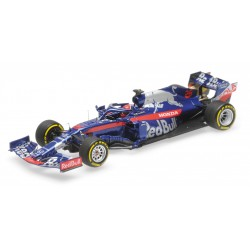 Scuderia Toro Rosso Honda STR14 F1 2019 Daniil Kvyat Minichamps 417190026