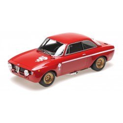 Alfa Romeo GTA 1300 Junior 1971 Red Minichamps 155120020
