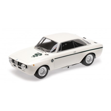 Alfa Romeo GTA 1300 Junior 1971 White Minichamps 155120021