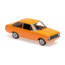 Ford Escort 1975 Orange Maxichamps 940084101