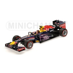 Red Bull Renault RB9 F1 Brésil 2013 Mark Webber Minichamps 110130102