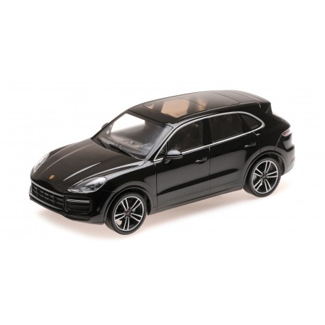 Porsche Cayenne Turbo S 2017 Black Minichamps 155066070