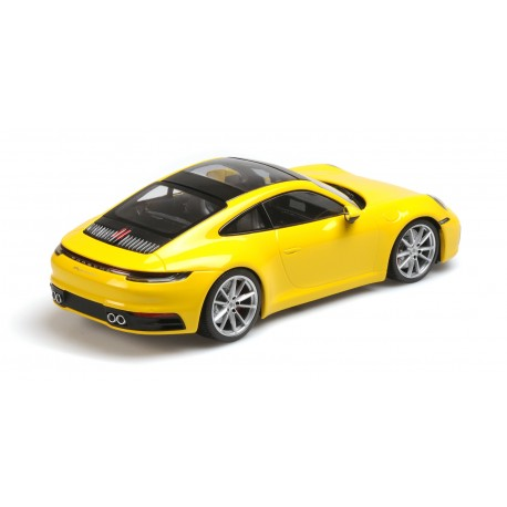 Porsche 911 Carrera 4S 2019 Yellow Minichamps 155067320
