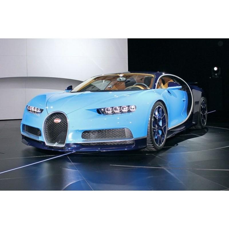 "Bugatti Chiron Sport: Bugatti Chiron ""Le Patron"" Bleu Clair Sport 2016 Looksmart"