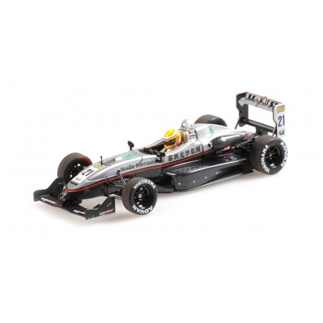 Dallara Mercedes F302 Macau GP 2004 Lewis Hamilton Minichamps 410040321