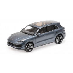Porsche Cayenne Turbo S 2017 Blue Metallic Minichamps 155066071