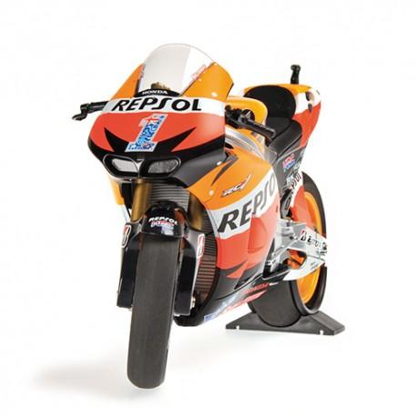 Honda RC213V Moto GP 2012 Casey Stoner Minichamps 122121101